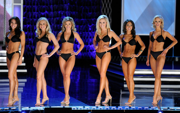 Miss America Contestants in Swimsuits