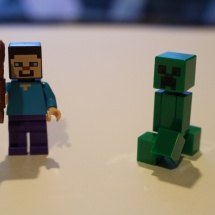 LEGO Minecraft: Steve and Creeper