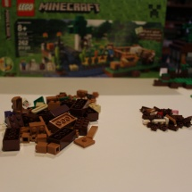 LEGO Minecraft: The Farm 2