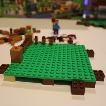 LEGO Minecraft: The Farm 5