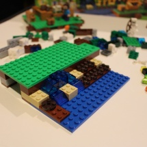 LEGO Minecraft: The Farm 13