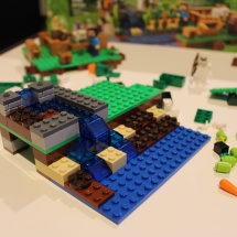 LEGO Minecraft: The Farm 14