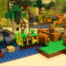 LEGO Minecraft: The Farm 16
