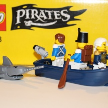 LEGO Pirates Rowboat