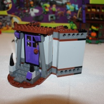 LEGO Mystery Mansion 25