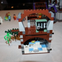 LEGO Mystery Mansion 45