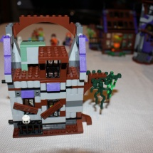 LEGO Mystery Mansion 46