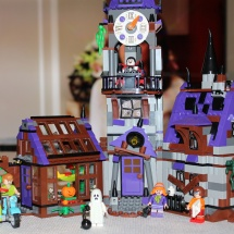 LEGO Mystery Mansion
