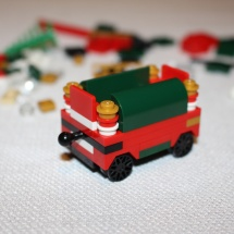 LEGO Christmas Train 10
