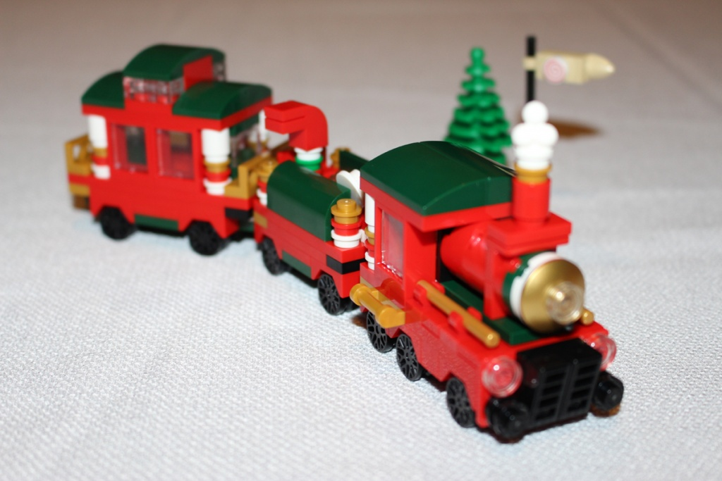LEGO Christmas Train Complete