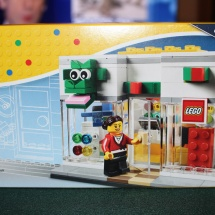 LEGO Brand Retail Store Box