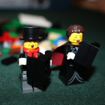 LEGO Winter Toy Shop Carolers