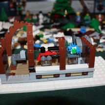LEGO Winter Toy Shop 23