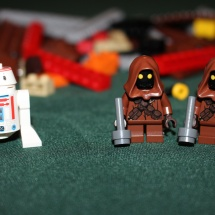 LEGO Jawas and a Droid