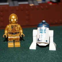 LEGO C-3P0 and R2-D2
