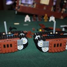LEGO Sandcrawler 24