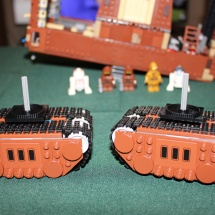 LEGO Sandcrawler 25