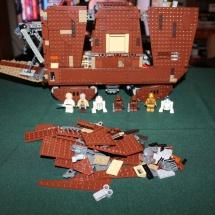 LEGO Sandcrawler 32