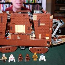 LEGO Sandcrawler 33