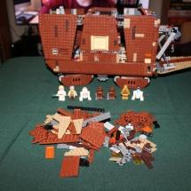 LEGO Sandcrawler 34