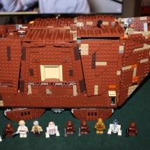 LEGO Sandcrawler 40