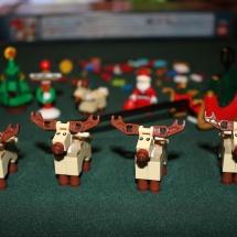 LEGO Santa's Workshop 11