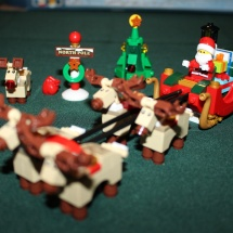 LEGO Santa's Workshop 12