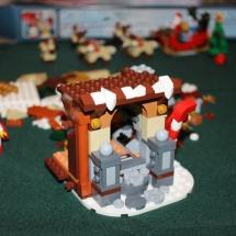 LEGO Santa's Workshop 18