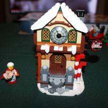 LEGO Santa's Workshop 21