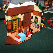 LEGO Santa's Workshop 29