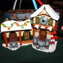 LEGO Santa's Workshop 30