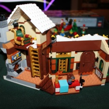 LEGO Santa's Workshop 31