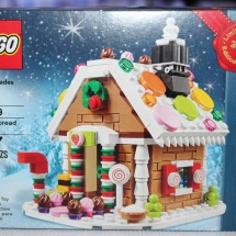 LEGO Gingerbread House Box