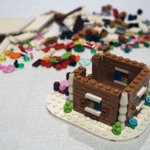 LEGO Gingerbread House 6