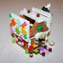 LEGO Gingerbread House 12