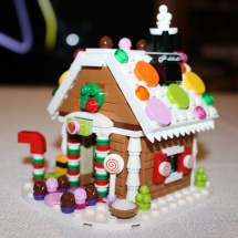 LEGO Gingerbread House Complete