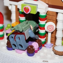 Boba Fett inside Gingerbread House