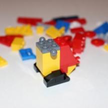 LEGO Parrot 4