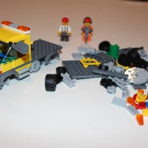 LEGO City Service Truck 8