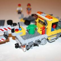 LEGO City Service Truck 10
