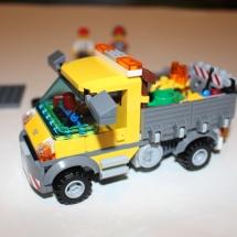 LEGO City Service Truck 11