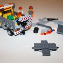 LEGO City Service Truck 12