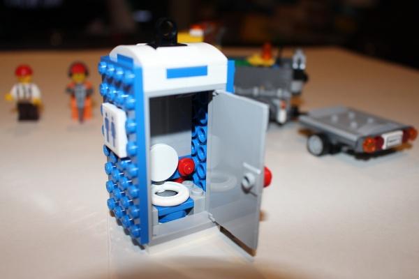 A LEGO Porta-Potty