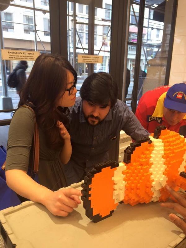 Building a LEGO fish