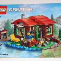 LEGO Lakeside Lodge Booklet 3