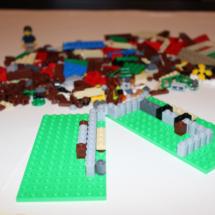 LEGO Lakeside Lodge 3