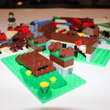 LEGO Lakeside Lodge 6