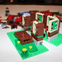 LEGO Lakeside Lodge 7