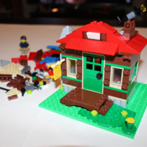 LEGO Lakeside Lodge Telescope Complete