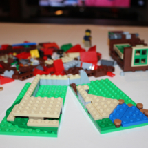 LEGO Lakeside Lodge 11